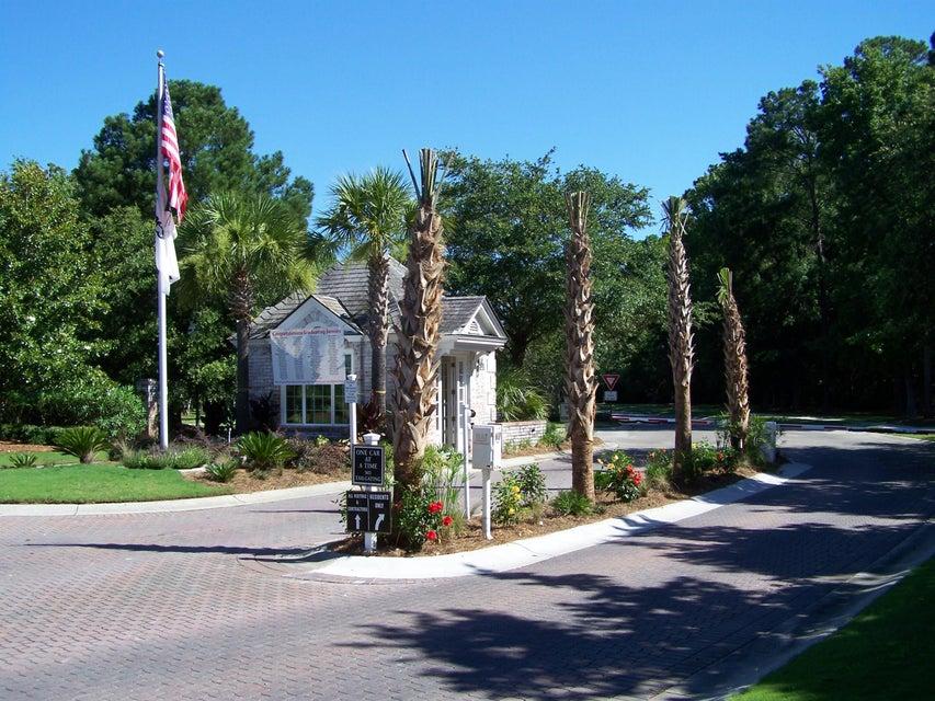 3775  Colonel Vanderhorst Circle Mount Pleasant, SC 29466