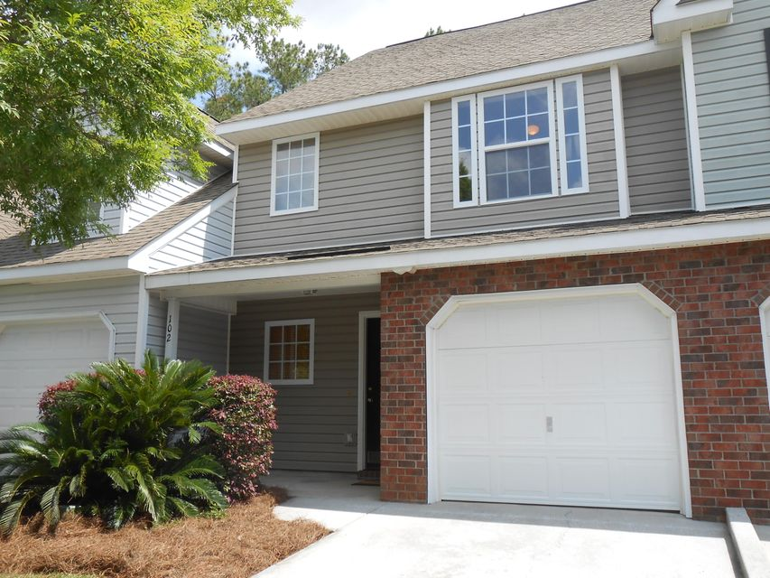 102  Taylor Circle Goose Creek, SC 29445