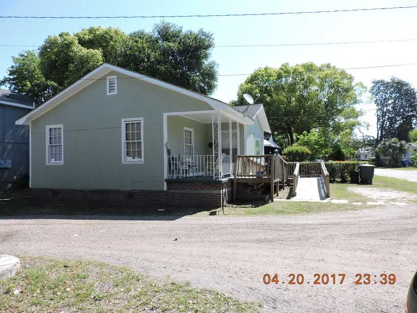 2128 Courtland Avenue, Charleston, SC 29403