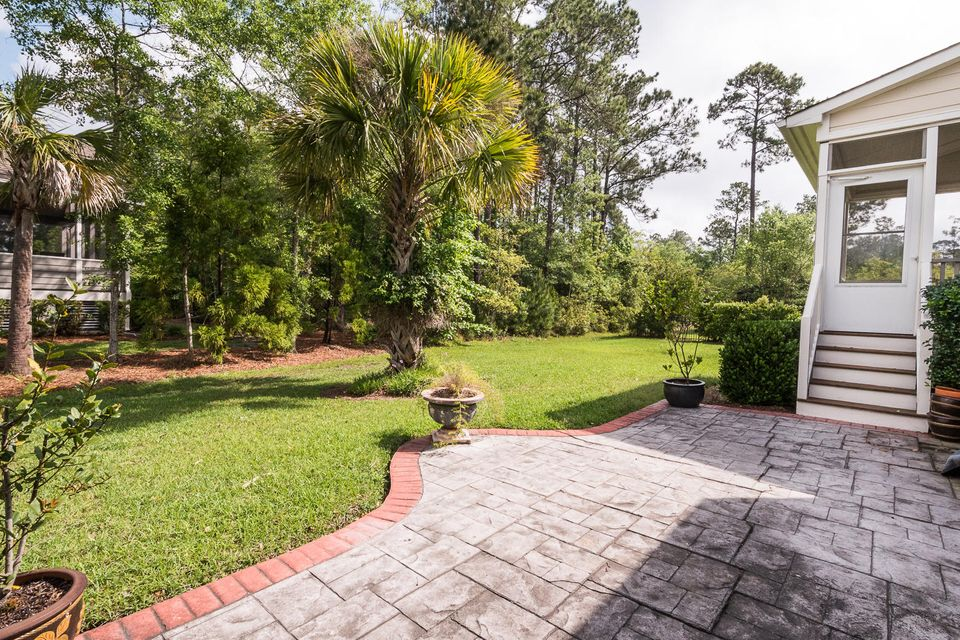 2960  Riverwood Drive Mount Pleasant, SC 29466
