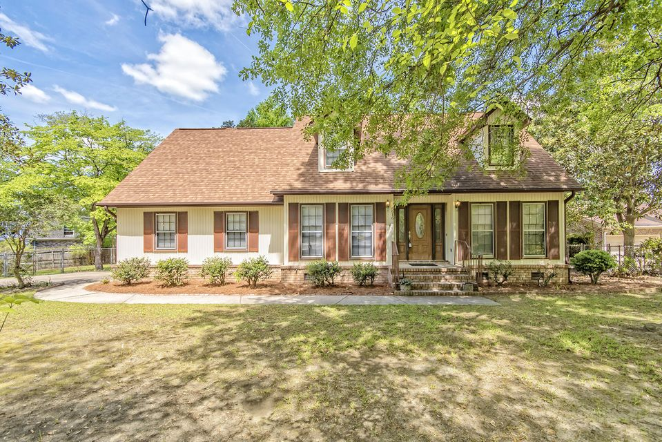 5916  Commonwealth Circle Hanahan, SC 29410