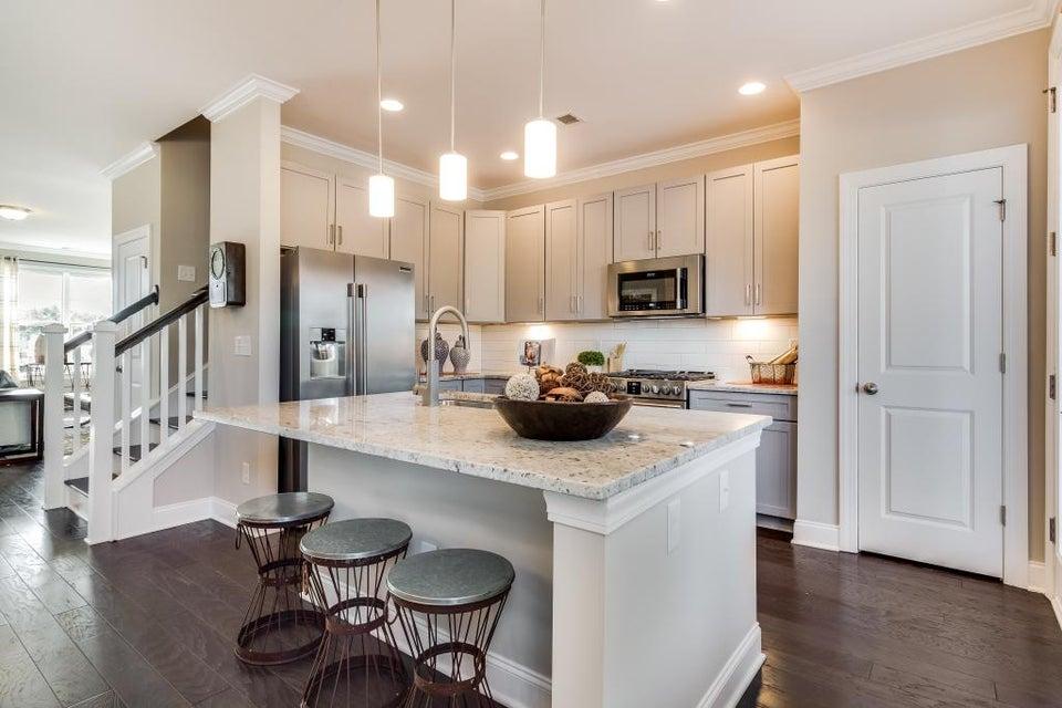 Ask Frank Real Estate Services - MLS Number: 17004931