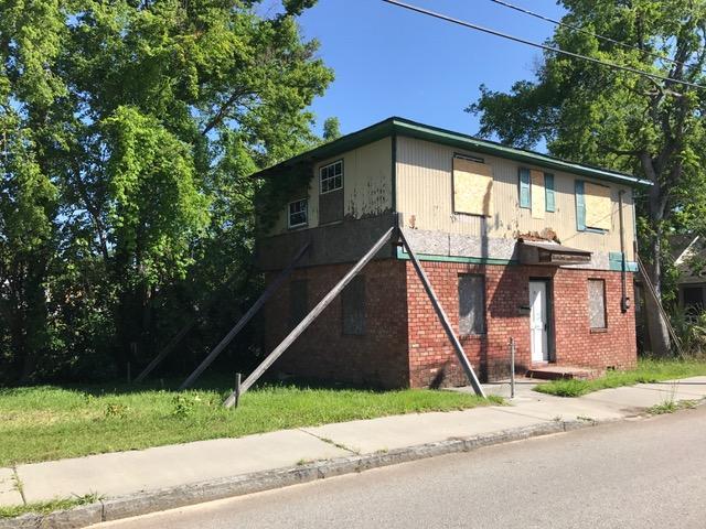 92  Cooper Street Charleston, SC 29403
