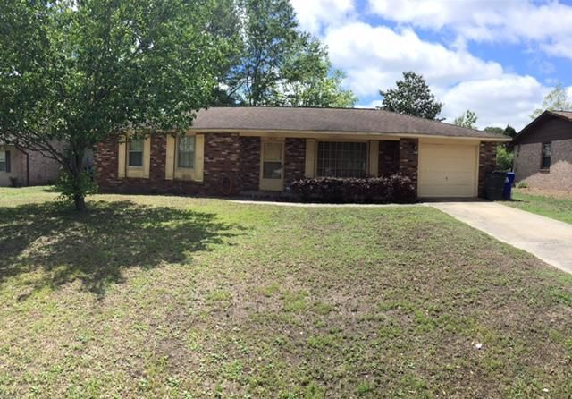 7651  Ovaldale Drive North Charleston, SC 29418