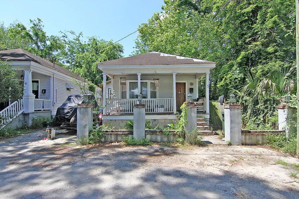 5  Homel Place Charleston, SC 29403