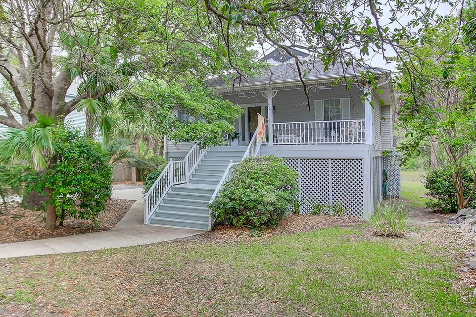 402 W Cooper Avenue Folly Beach, SC 29439