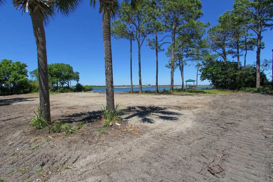 Land / Lot for Sale at 813 Conquest Avenue Sullivans Island, South Carolina,29482 United States