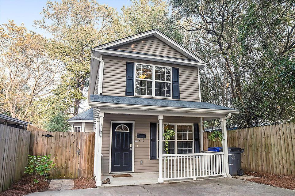 1134  Leesville Street North Charleston, SC 29405
