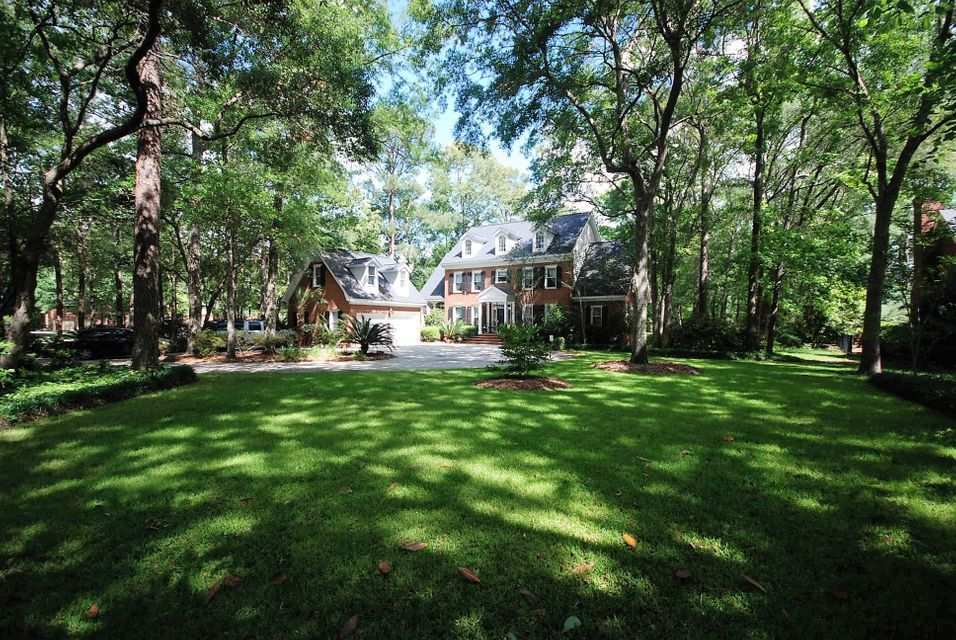 8602 W Fairway Woods Drive Charleston, SC 29420