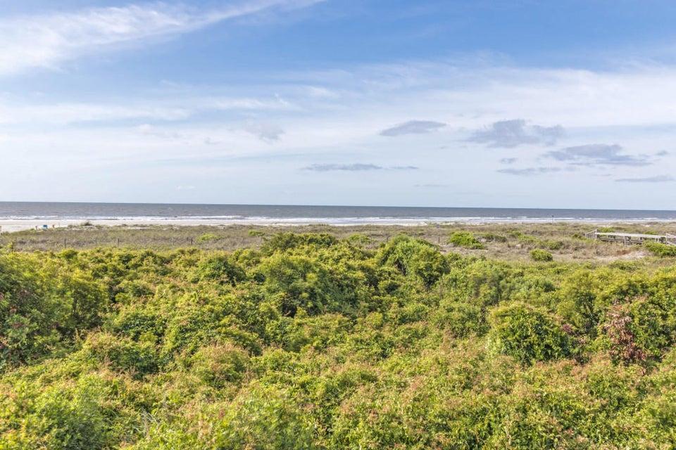 12  Surf Lane Isle Of Palms, SC 29451