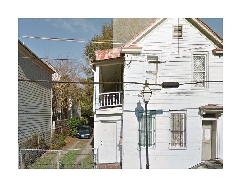 126  Spring Street Charleston, SC 29403