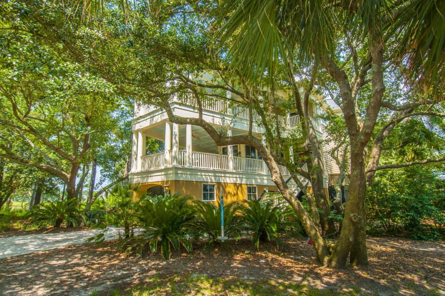 805  Harbour Watch Mount Pleasant, SC 29464