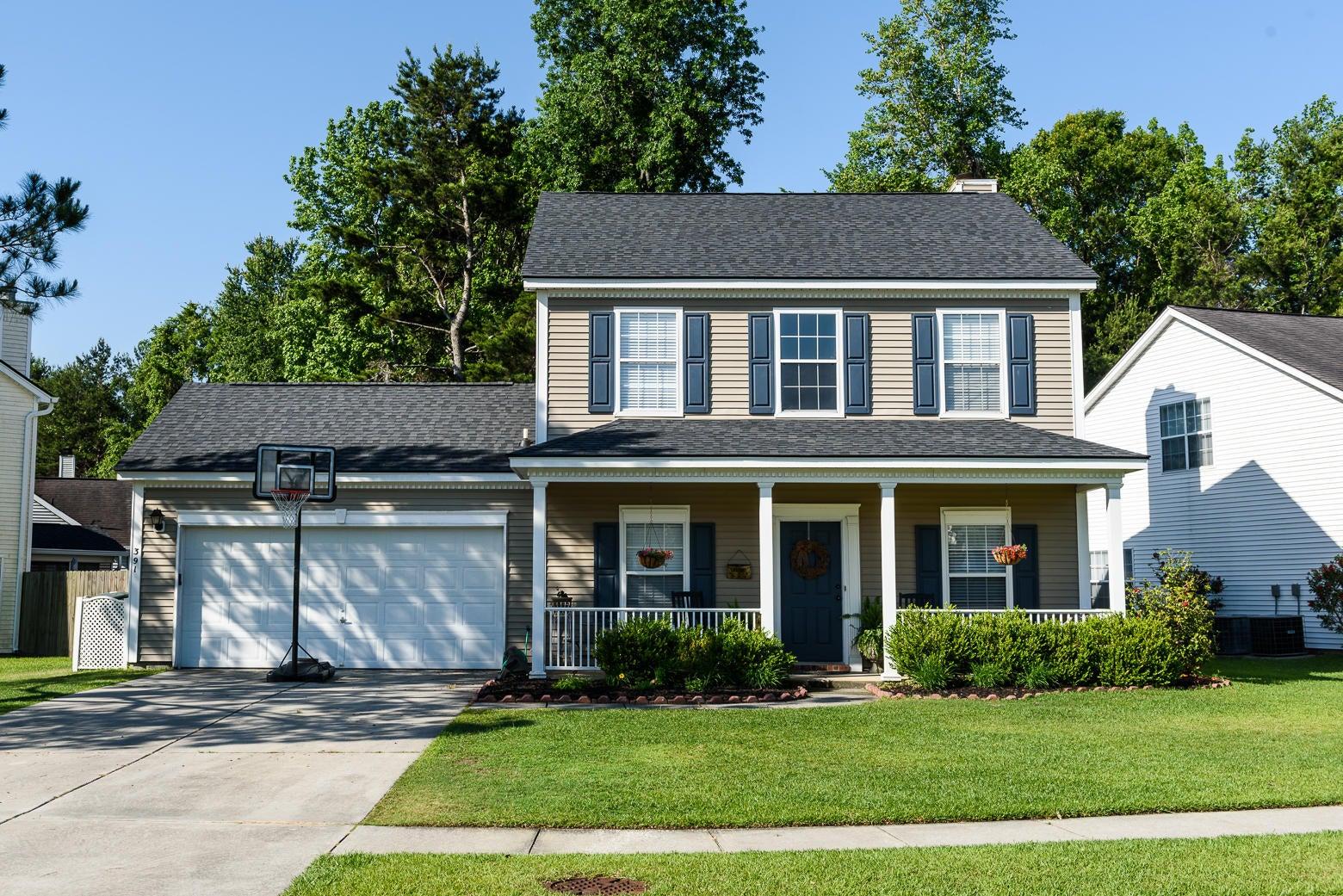 391  Twelve Oak Drive Charleston, SC 29414