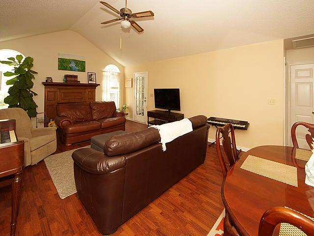 529  Beechcraft Street Charleston, SC 29407