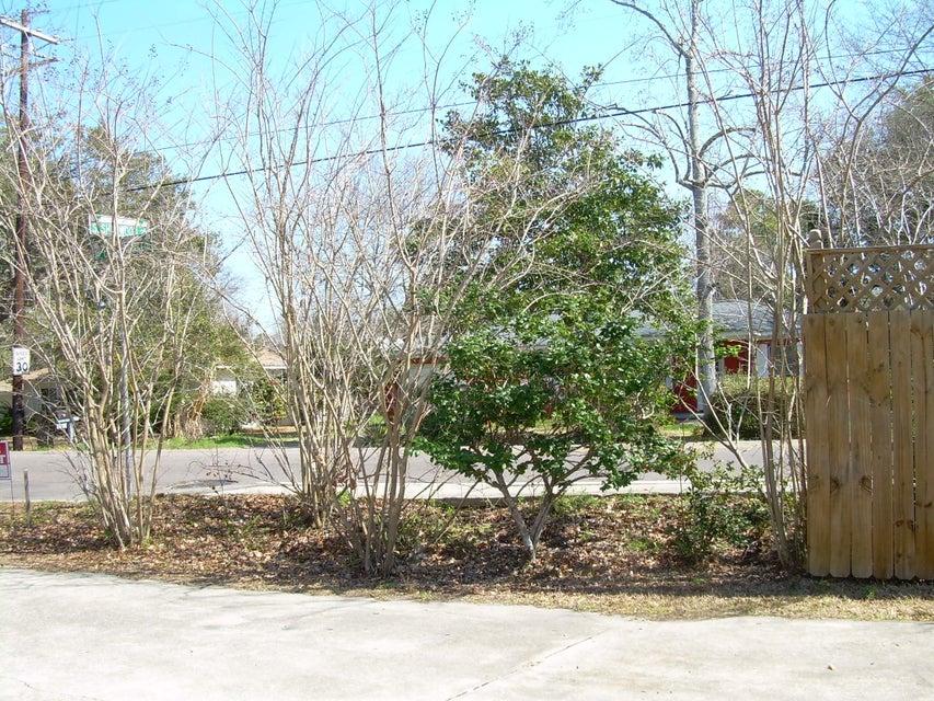 1303 S Sherwood Drive Charleston, SC 29407