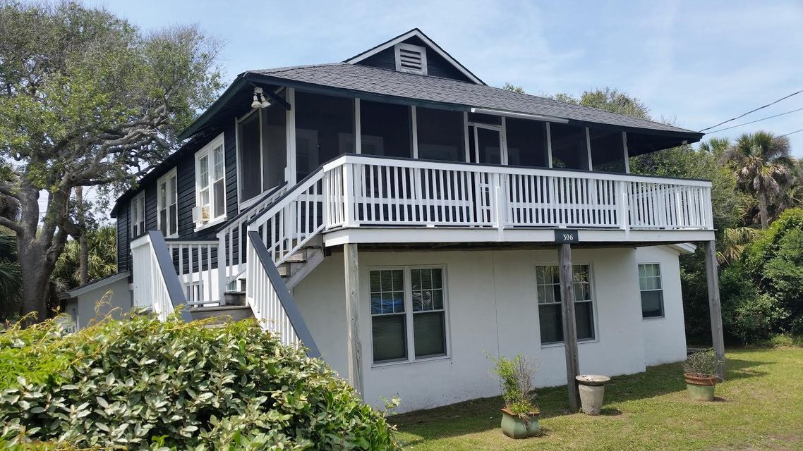 306 E Arctic Ave Folly Beach, SC 29439