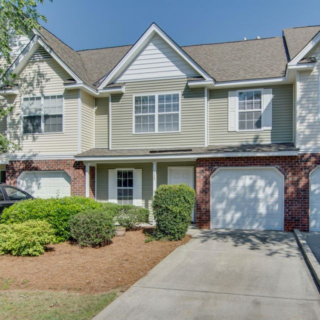 112  Bryce Ct Charleston, SC 29492