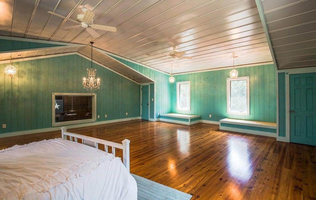Ask Frank Real Estate Services - MLS Number: 17014130