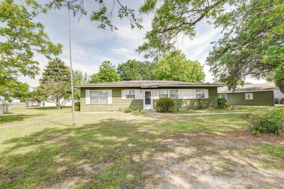 1447  Red Bank Road Goose Creek, SC 29445
