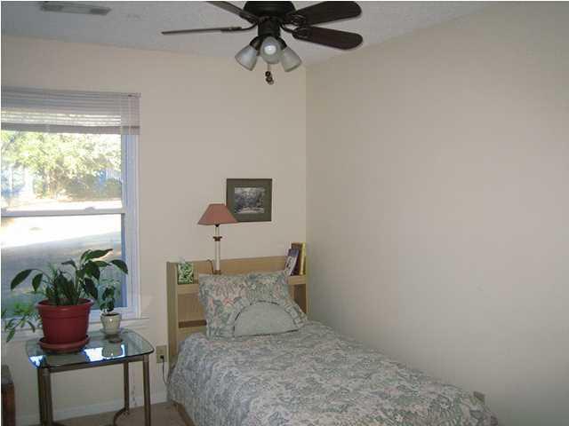 2071 S Shore Drive Charleston, SC 29407