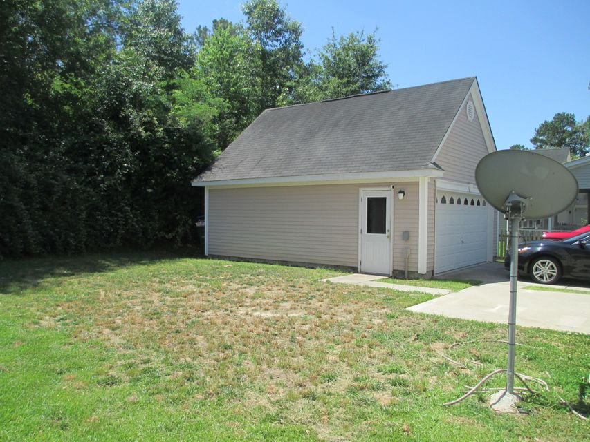 52  Creek Bend Drive Summerville, SC 29485