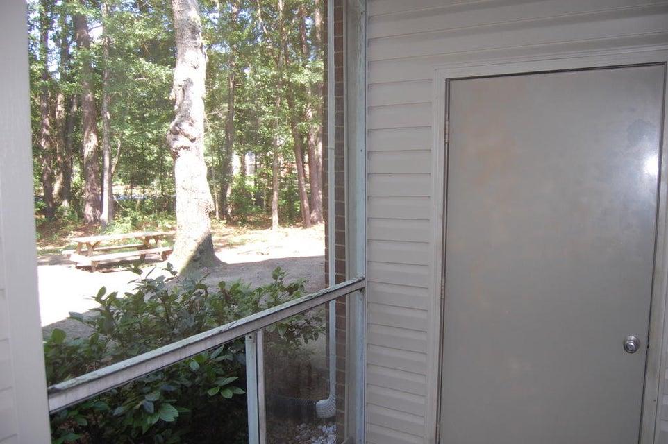 2011  Highway 17 N Mount Pleasant, SC 29466
