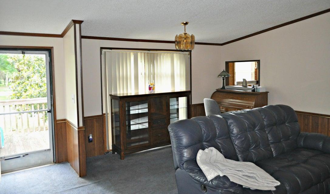 1504  Periwinkle Drive Mount Pleasant, SC 29466