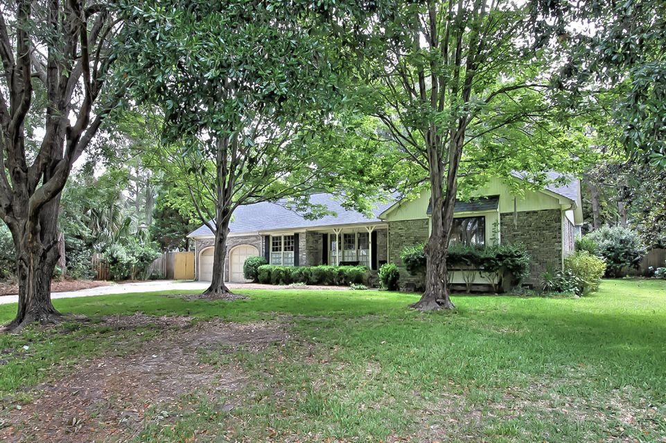 1029  Loyalist Court Mount Pleasant, SC 29464