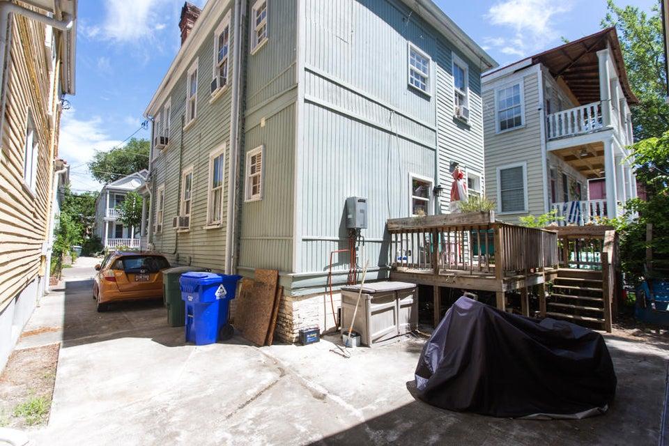 125  Fishburne Street Charleston, SC 29403