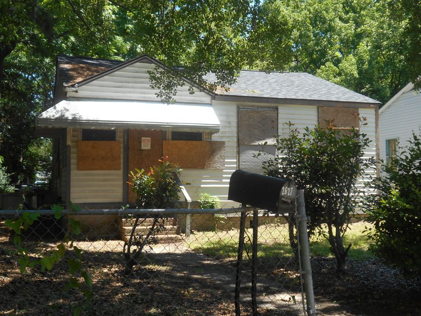 2627  Harvey Avenue North Charleston, SC 29405