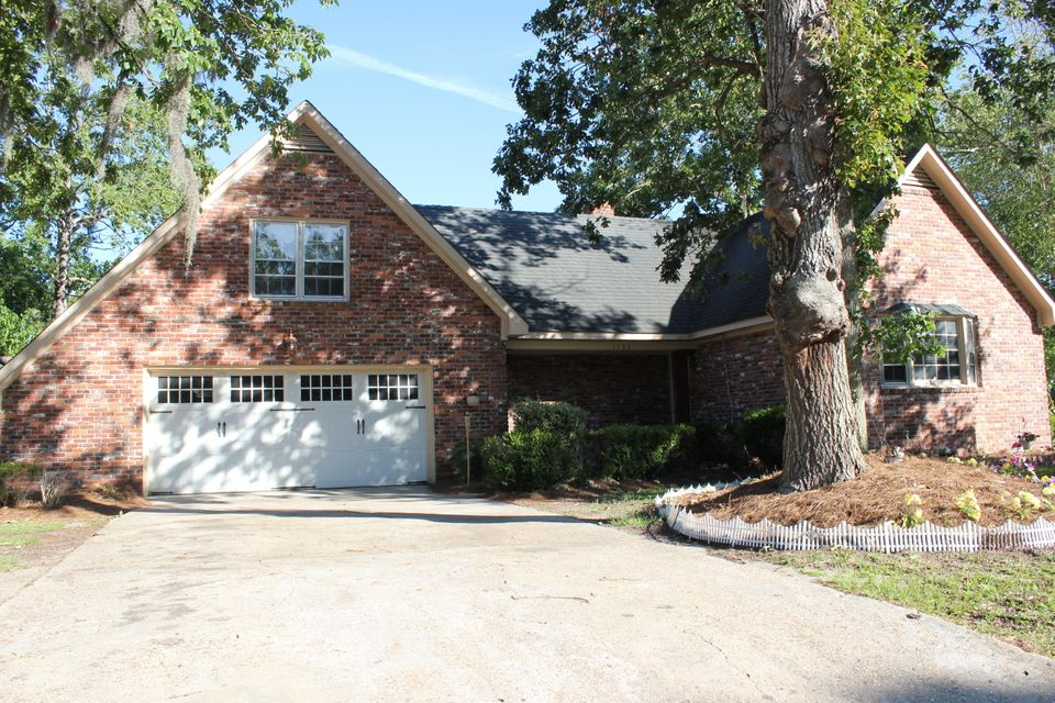 1203  Wappetaw Place Mount Pleasant, SC 29464