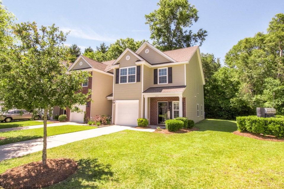 1813  Heldsberg Drive Charleston, SC 29414