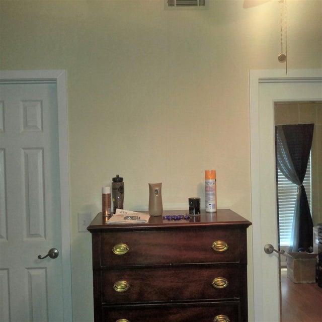 7945  Edgebrook Circle North Charleston, SC 29418