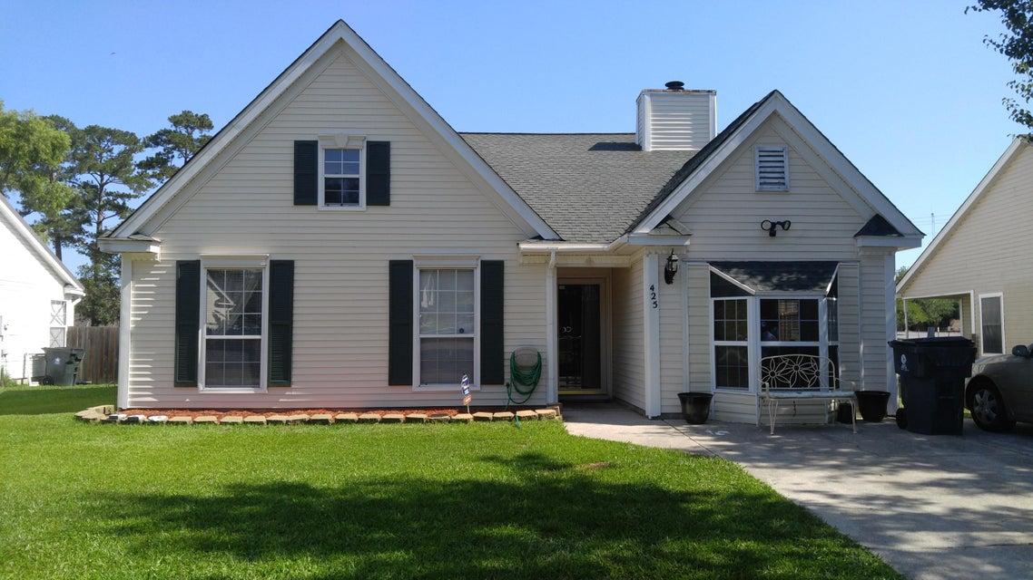 425  Courtland Drive Summerville, SC 29483