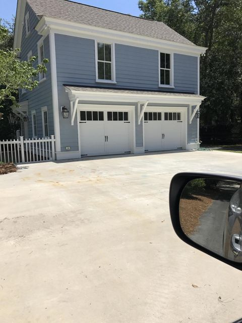 122 N Shelmore Boulevard Mount Pleasant, SC 29464