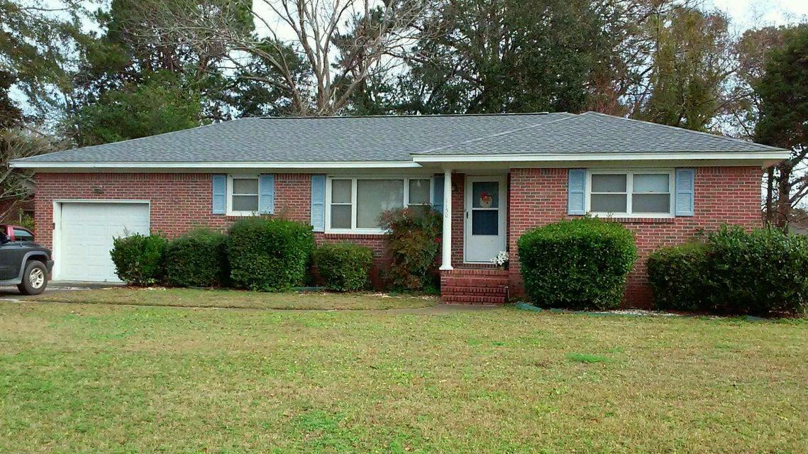 1150  Brigantine Drive Charleston, SC 29412