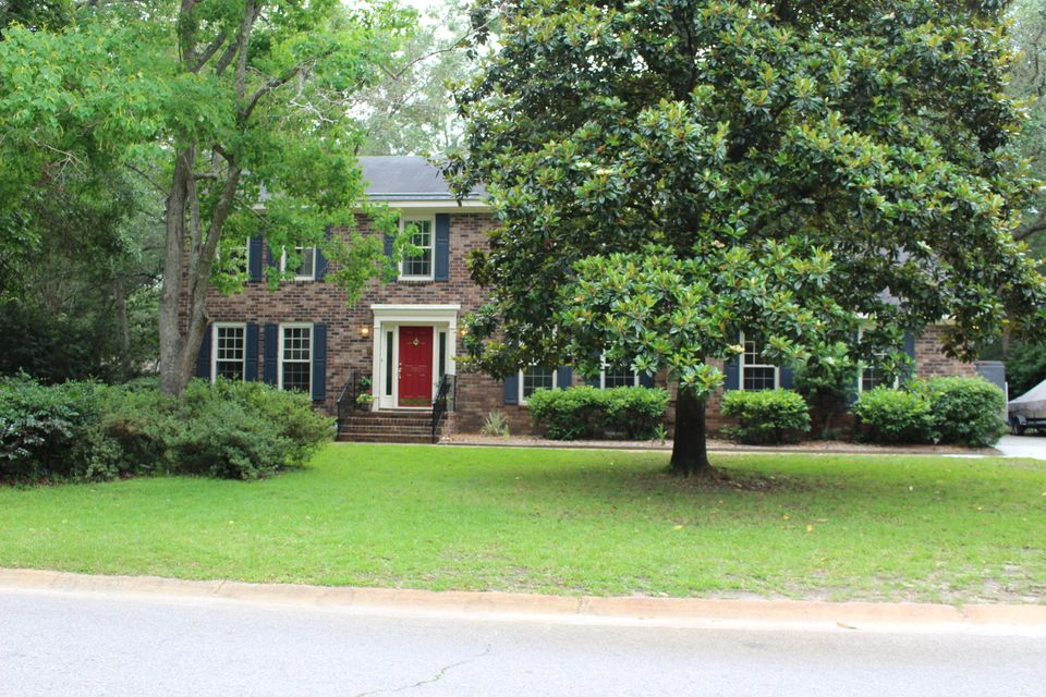 820  Creekside Drive Mount Pleasant, SC 29464