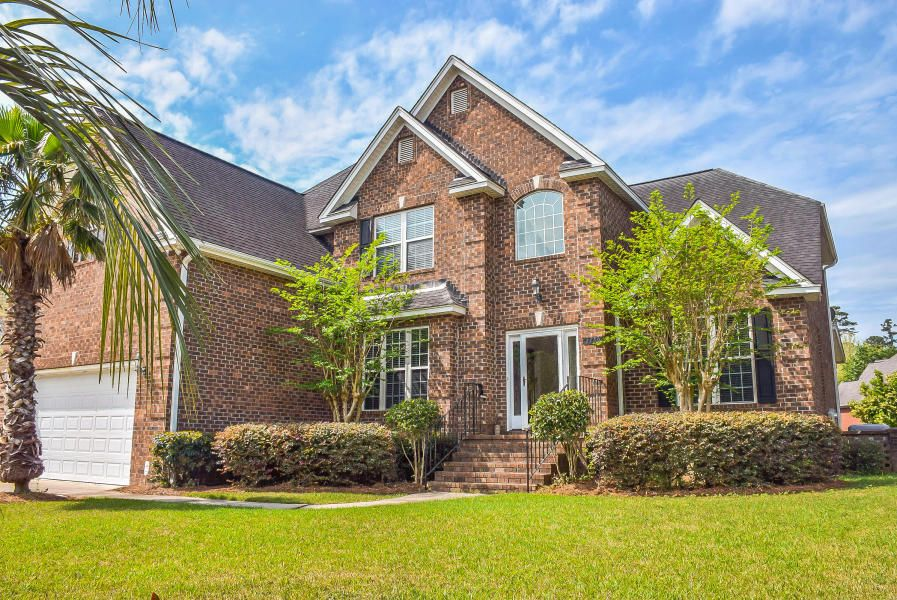 2759  Waterpointe Circle Mount Pleasant, SC 29466