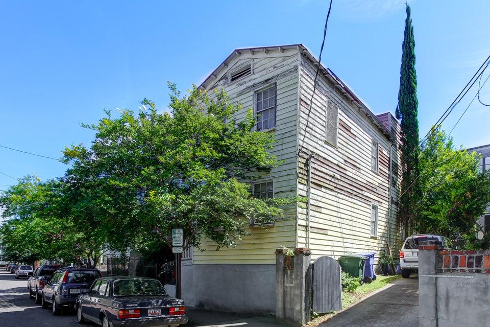 17  Nassau Street Charleston, SC 29403