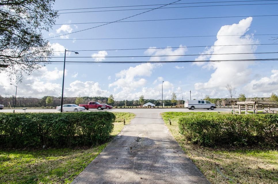 2377 N Highway 17 Mount Pleasant, SC 29464