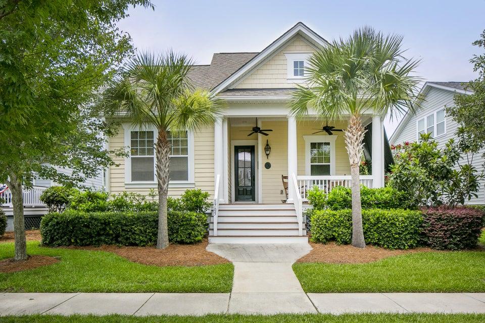 1705  Sailmaker Street Charleston, SC 29492
