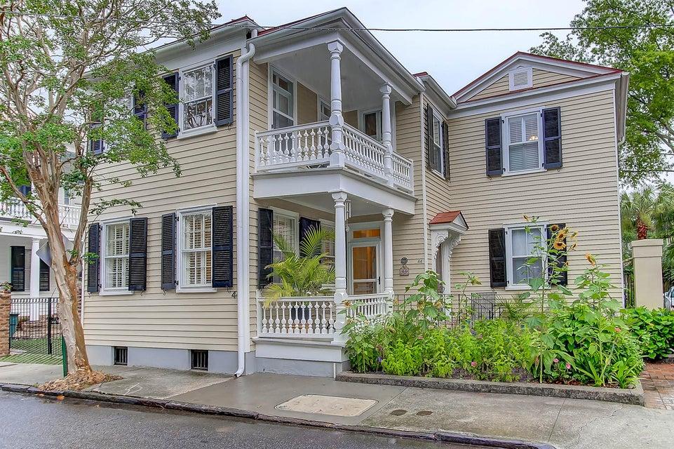 44  Savage Street Charleston, SC 29401