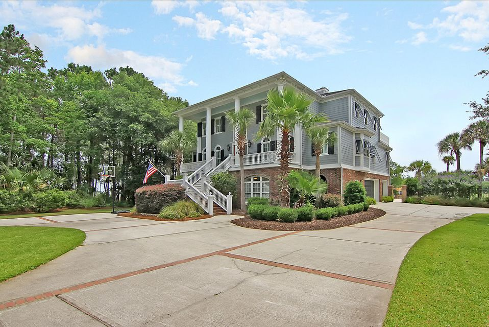 2282  Captain Waring Court Mount Pleasant, SC 29466