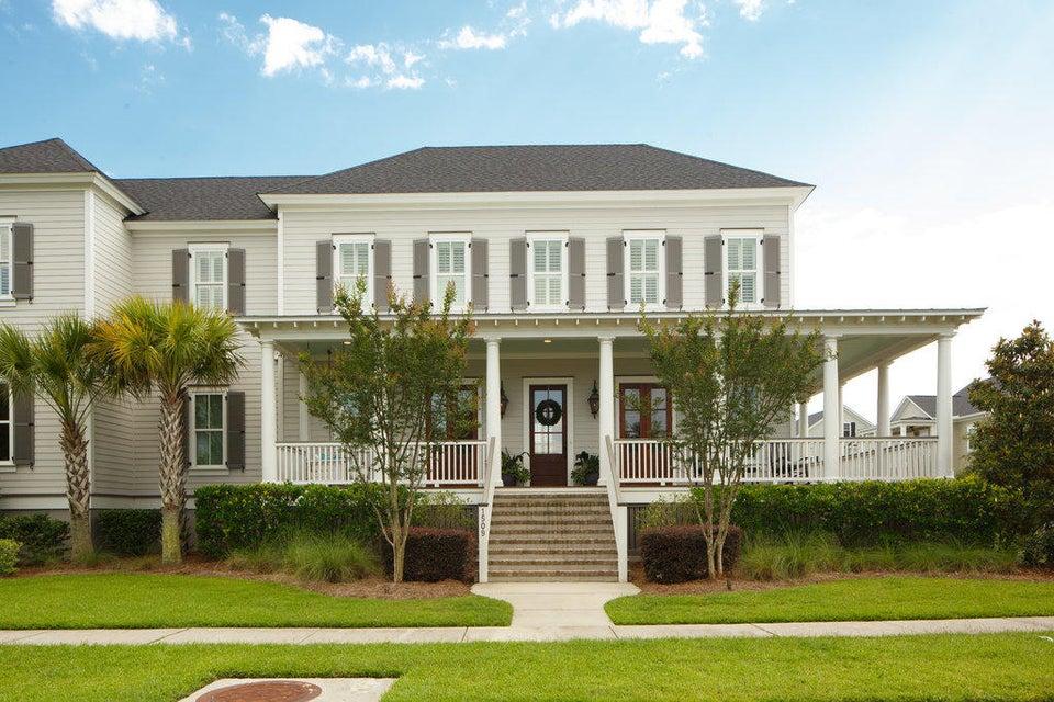 1509  Wando Landing Street Charleston, SC 29492