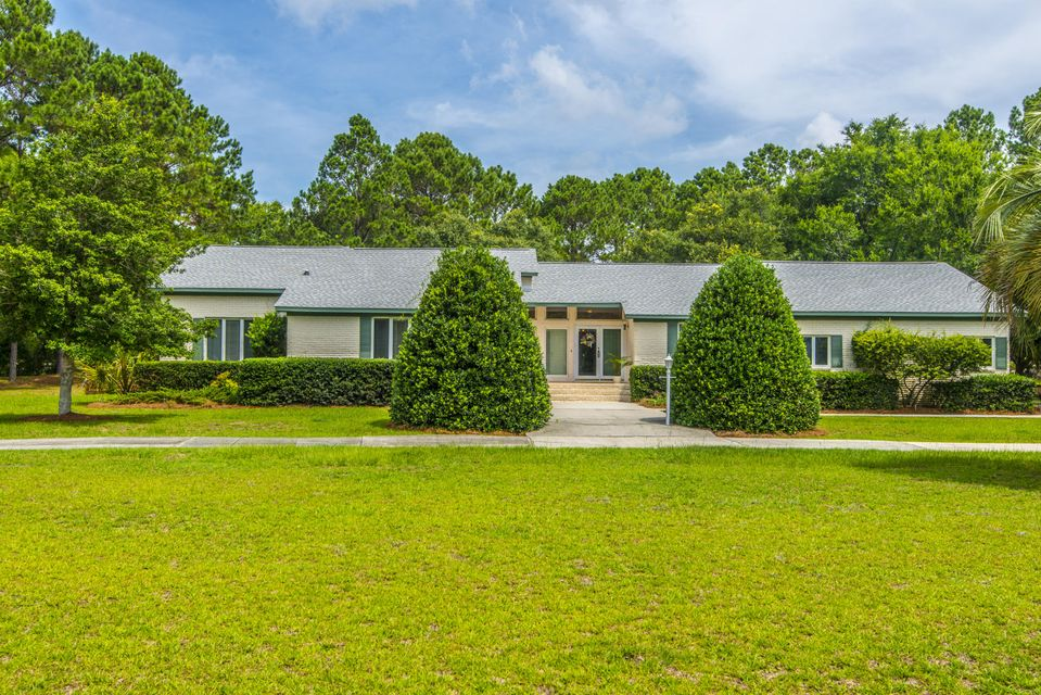 1068  Main Sail Court Awendaw, SC 29429