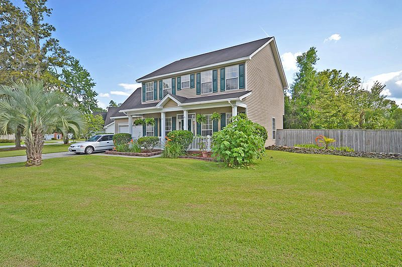 114  Hainsworth Drive North Charleston, SC 29418