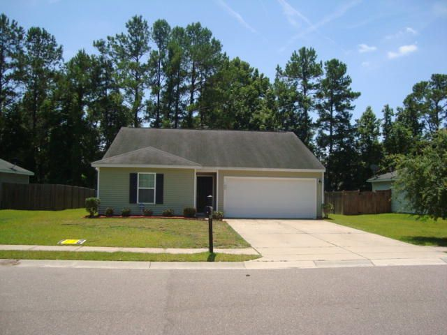 129  St Charles Way Goose Creek, SC 29445