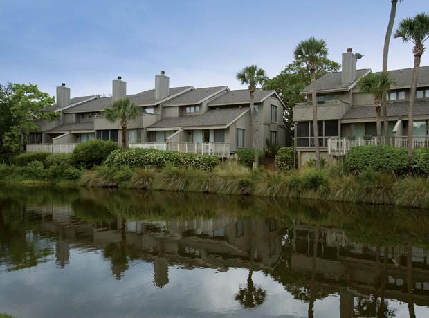 20  Racquet Club Isle Of Palms, SC 29451