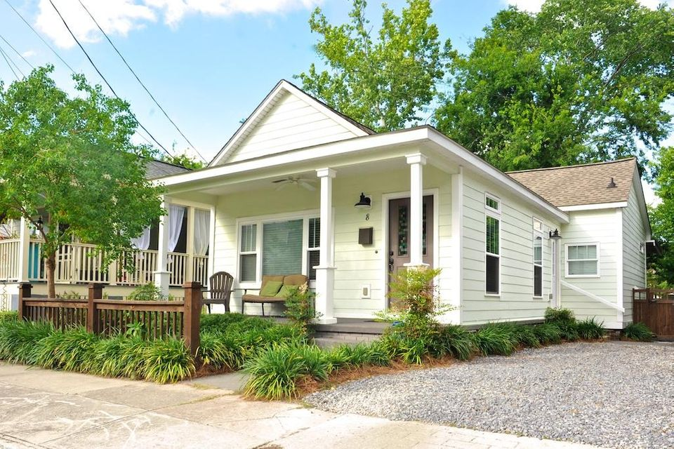 8  Dingle Charleston, SC 29403