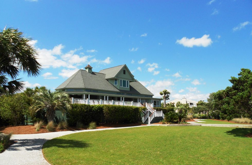 6  Fairway Oaks Lane Isle Of Palms, SC 29451